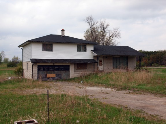 Abandoned House in Caledon, Ontario